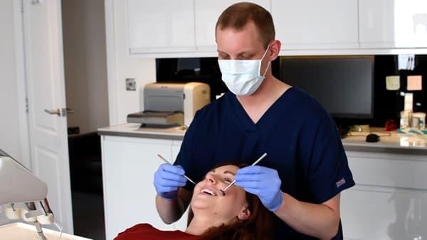 Falkirk dentist